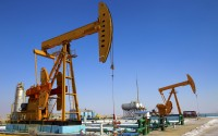 Oil and Gas Equipment: Why You Should Be Renting